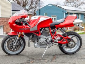 rare-ducati-mh900e-rolls-to-auction,-is-pricier-than-a-2021-monster-1200-s