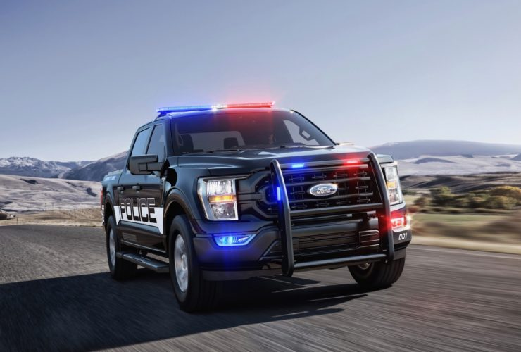the-quickest-police-car-isn't-a-car,-it's-a-ford-f-150-pickup-truck