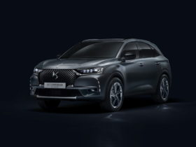 ds-7-crossback-goes-down-the-special-edition-route-with-new-ligne-noire-model
