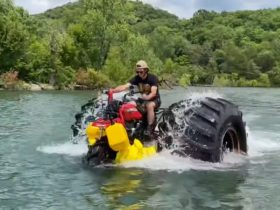 three-wheel-honda-with-66-inchers-goes-out-on-a-lake-adventure,-almost-survives