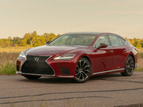 first-drive-review:-2021-lexus-ls-500-delivers-bargain-flagship-in-need-of-a-flagship-powertrain