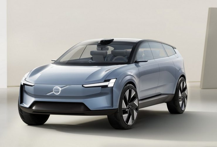 volvo-recharge-concept-debuts-sleek-electric-crossover-with-hints-of-new-xc90