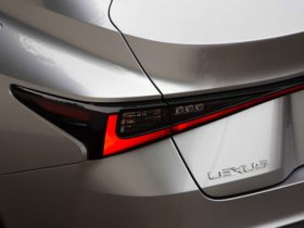 axed:-lexus-is-sedan,-rc-coupe-and-ct-hatch-to-be-dropped-from-local-line-up