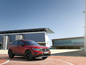 """vw-tiguan-""""urban-sport""""-special-edition-launches-with-true-to-its-name-features"""
