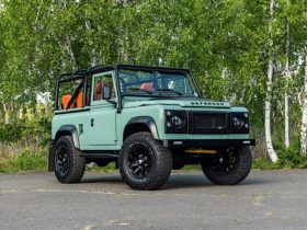 custom-1993-land-rover-defender-has-5-days-to-hit-$100k-and-be-one-to-remember