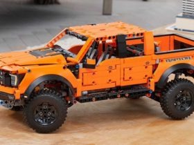 the-ford-f-150-lego-technic-kit-pickup-consists-of-1379-pieces-of-the-new-lego-set