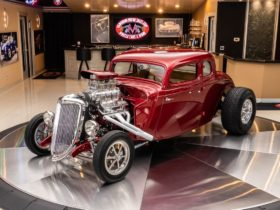 1934-ford-5-window-street-rod-is-ready-for-the-next-zz-top-video,-sounds-brutal