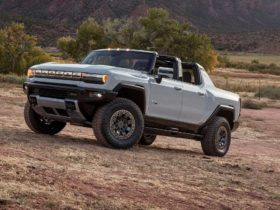 gmc-hummer-ev-can-accelerate-to-a-hundred-in-3-seconds