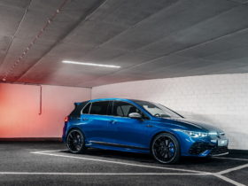 tuned-vw-golf-r-learns-what-bougie-means,-in-a-good-way
