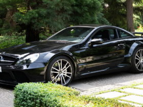 mercedes-f1-boss-toto-wolff-is-selling-his-epic-2009-merc-sl-65-amg-black-series