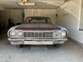 1964-chevrolet-impala-ss-looks-like-a-barn-find-struggling-to-get-out