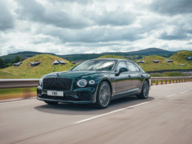 preview:-2022-bentley-flying-spur-hybrid-debuts-as-536-hp-plug-in-grand-tourer