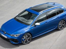 2022-volkswagen-golf-r-wagon-revealed-with-315-hp,-drift-mode