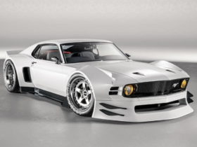 widebody-boss-302-mustang-restomod-rendered-with-angry-visuals,-ferrari-power