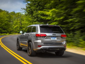 hellcat-era-coming-to-an-end?-jeep-grand-cherokee-trackhawk-might-die-soon