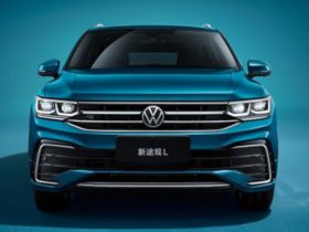 volkswagen-introduced-the-tiguan-l-crossover-with-a-different-interior-design