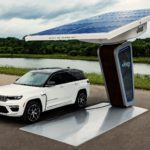 2022-jeep-grand-cherokee-4xe-is-revealed-for-the-first-time,-runs-on-sunshine