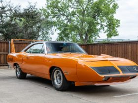 1970-plymouth-superbird-440-with-numbers-matching-drivetrain-is-mopar-royalty
