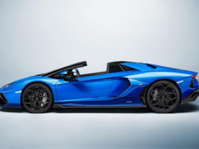 2022-lamborghini-aventador-ultimae-roadster-first-look-review:-a-roofless-send-off