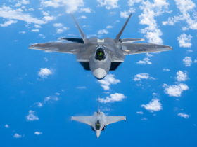 it's-a-first:-us.-f-22-raptor-and-french-f3-r-rafale-fly-together-over-hawaii