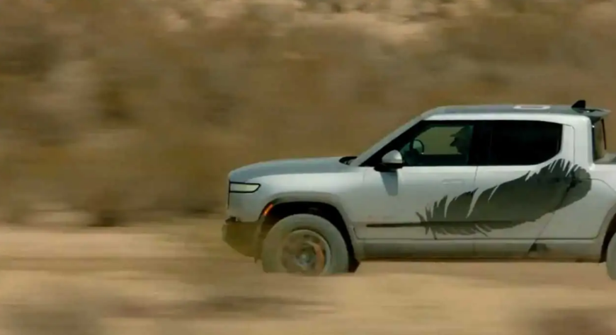 rivian-patented-k-turn-mode-for-increased-agility