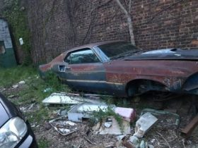 this-1969-ford-mustang-mach-1-has-a-borrowed-429,-also-a-bit-of-rust