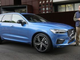 video:-2021-volvo-xc60-t6-r-design-review