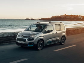 2021-citroen-e-berlingo-combines-vacation-ready-design-with-added-functionality