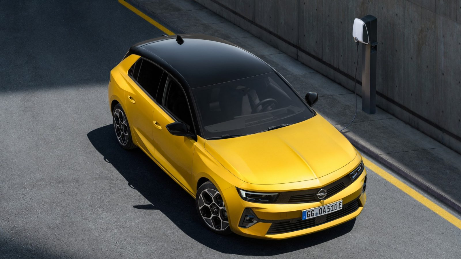 opel-astra-reaches-its-6th-generation-with-plug-in-derivatives