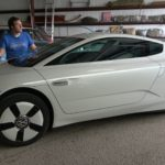 volkswagen-xl1-reviewed-by-doug-demuro,-quirks-and-features-galore