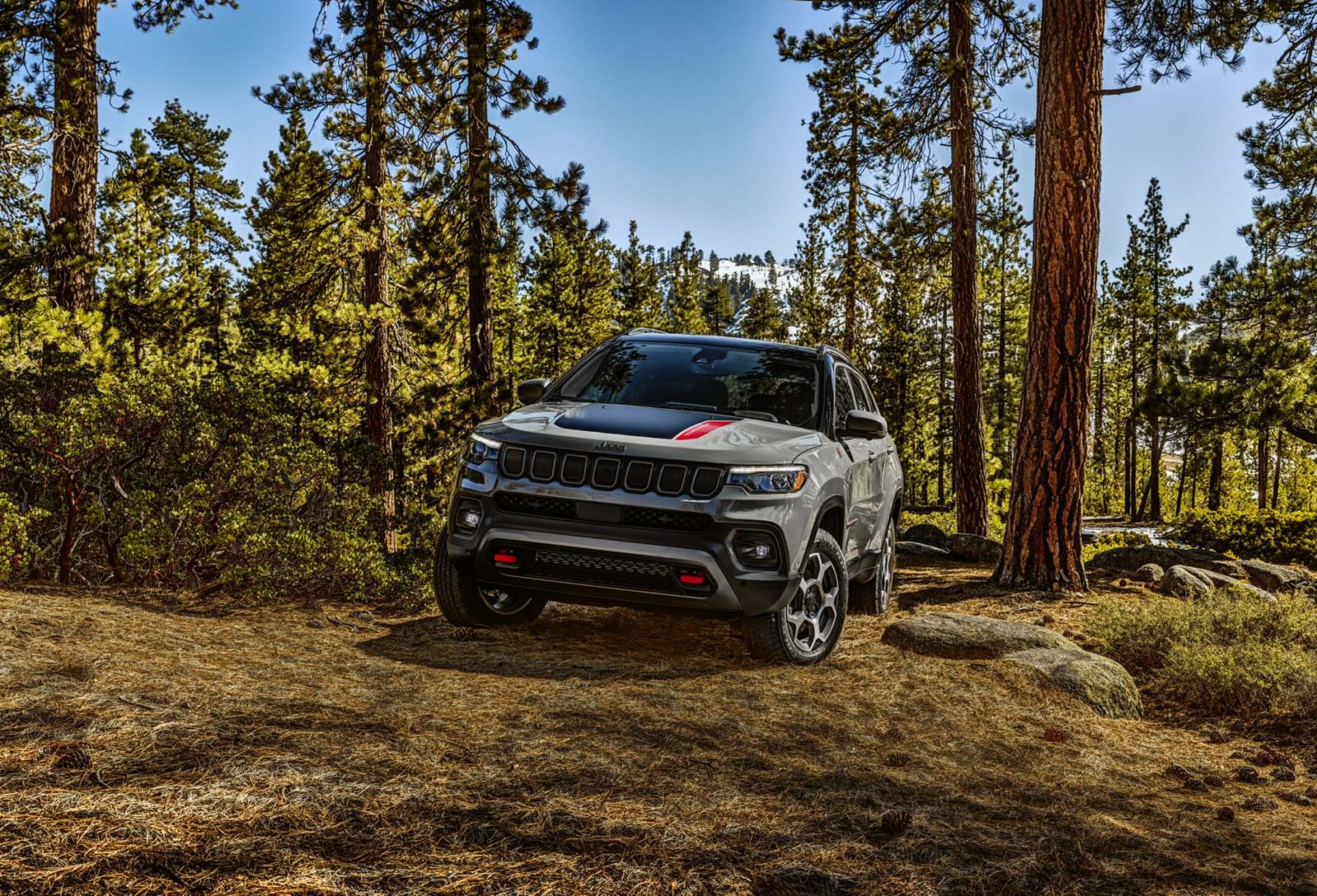 preview:-2022-jeep-compass-arrives-with-more-tech-and-refinement