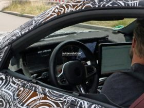 2023-bmw-m2-g87-shows-ix-cockpit,-michelin-ps4s-tires-in-latest-spy-shots