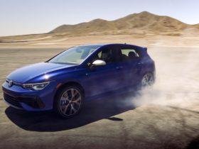 preview:-315-hp-2022-volkswagen-golf-r-brings-more-tech,-more-performance,-$44,640-starting-price