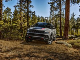 2022-jeep-compass-redesign-counters-ford-bronco-sport-for-$26,490