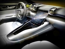 preview-of-the-inside-of-the-all-new-mercedes-amg-sl