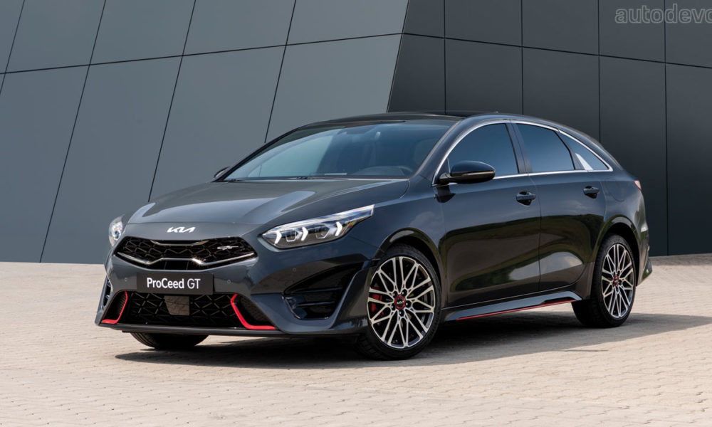 kia-ceed-lineup-gets-facelifted-with-new-logo-&-tech