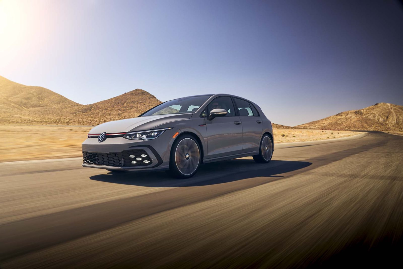 2022-volkswagen-golf-gti-costs-about-$1,000-more-at-$30,540
