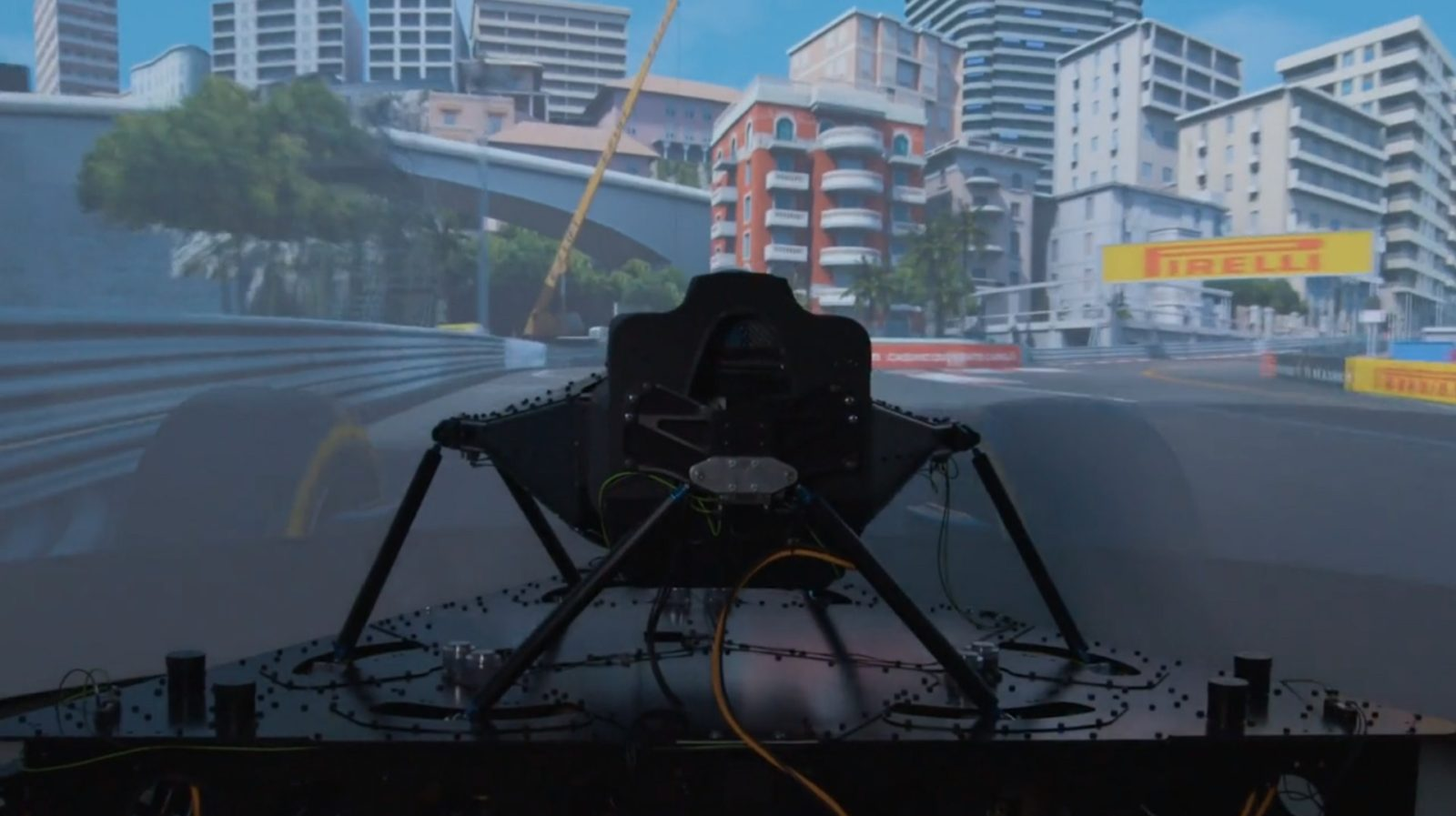 world's-most-advanced-driving-simulator-offers-an-insanely-realistic-experience