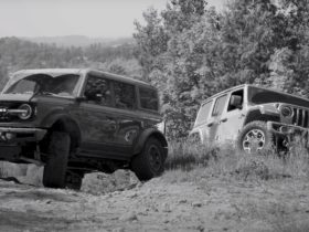 ford-bronco-and-jeep-wrangler-rubicon-battle-nature-to-find-out-which-is-better