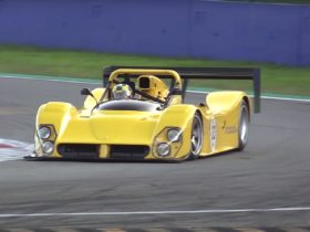 yellow-ferrari-333-sp-spotted-flexing-v12-at-monza,-sounds-and-looks-glorious