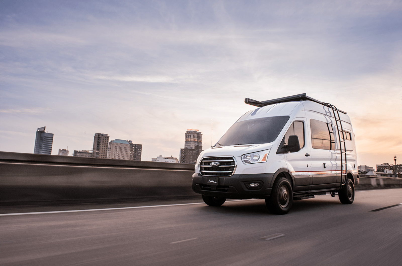 sizzling-hot-mode-lt-gives-you-the-best-an-awd-ford-transit-has-to-offer