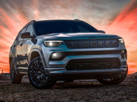 2022-jeep-compass-first-look-review:-setting-a-new-course