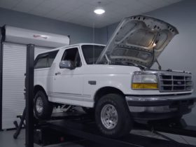 1996-ford-bronco-gets-dyno'd,-still-makes-165-hp-at-the-wheels-after-212k-miles