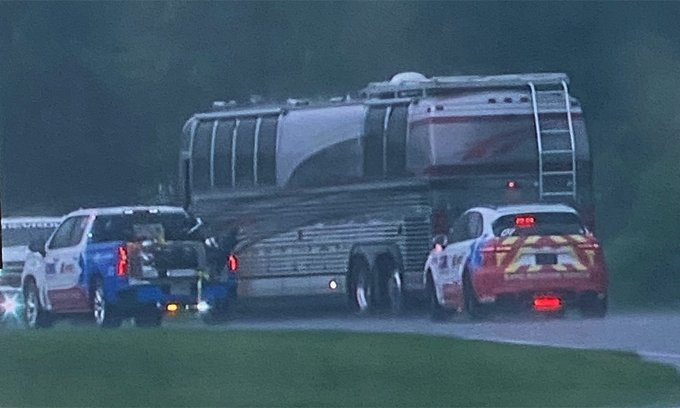 driving-your-prevost-rv-onto-the-race-track-is-a-bad-way-to-end-a-vacation