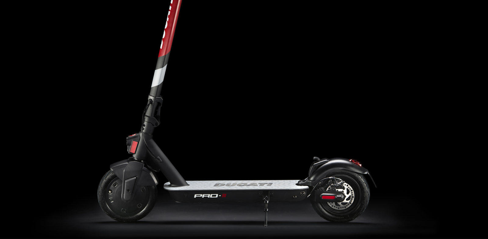 ducati-expands-urban-mobility-lineup-with-top-shelf-magnesium-pro-ii-e-scooter