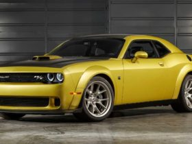 dodge-will-remove-the-shocking-shade-of-gold-rush-from-the-color-palette-of-cars-from-august-1