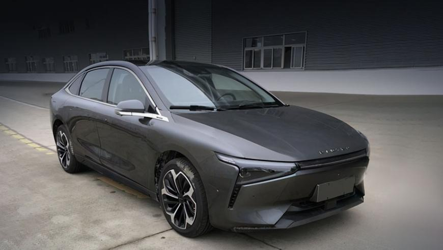 the-rt1-electric-sedan-will-be-the-first-model-of-the-new-radten-brand