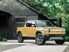 rivian-r1t-pickup-deliveries-delayed-to-sept.-2021,-r1s-suv-to-follow