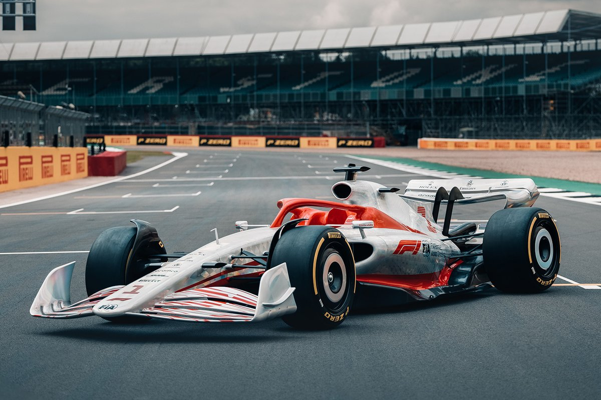 formula-1-debuts-full-size-car-for-the-first-time-in-2022