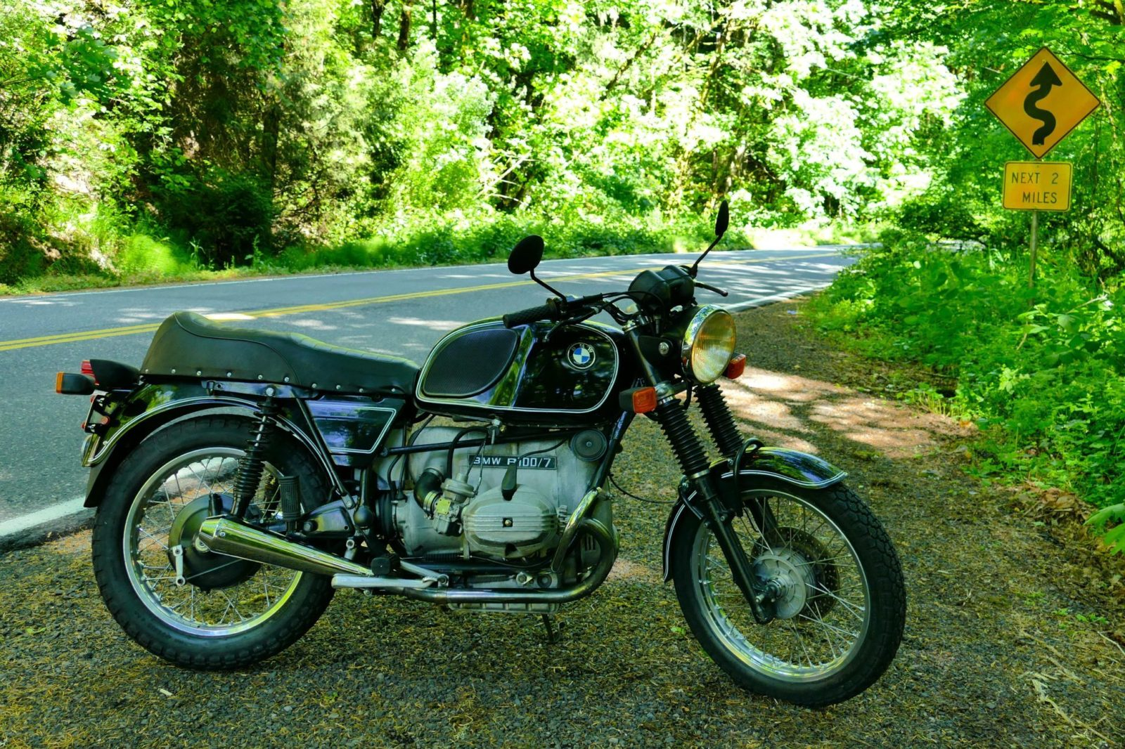 numbers-matching-1977-bmw-r100/7-is-retro-cool-dialed-up-to-eleven